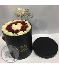باکس گل رز سفید و قرمز -100
