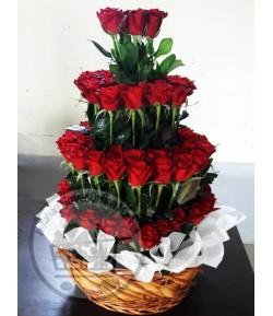 سبد گل رز قرمز -300