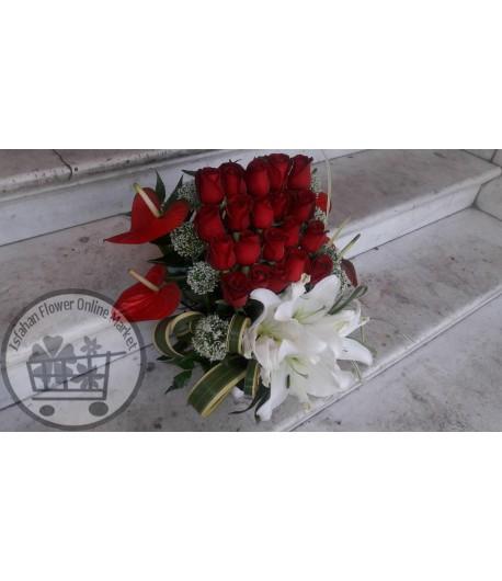 سبد گل رمانتیک