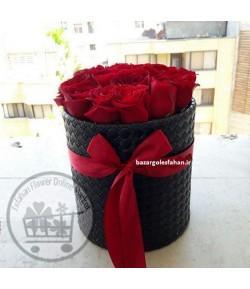 باکس گل رز قرمز عشق