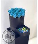 باکس گل رز آبی با شکلات یا پاستیل -136