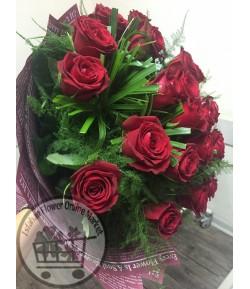دسته گل رز قرمز رویا -220