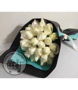دسته گل رز سفید -222
