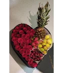باکس گل جذاب رز سفید و قرمز - 104